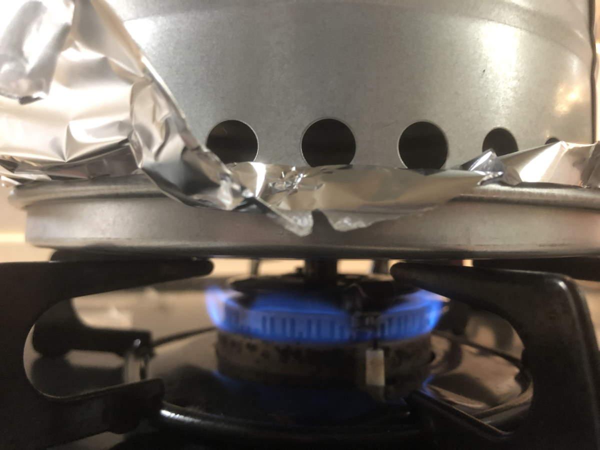 燻製器に点火